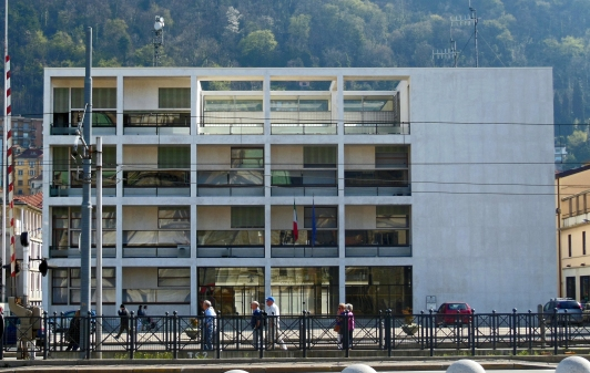 Fasistisk modernisme: Casa del Fascismo, Como.